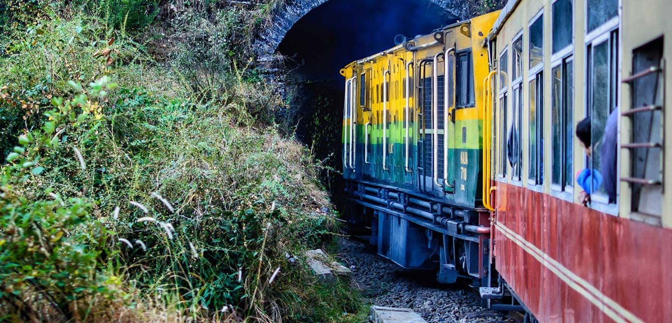 a-toy-train-to-shimla