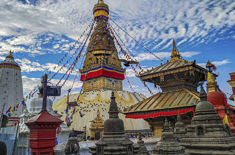 experiencing-swayambhunath-stupa-the-monkey-temple-of-nepal